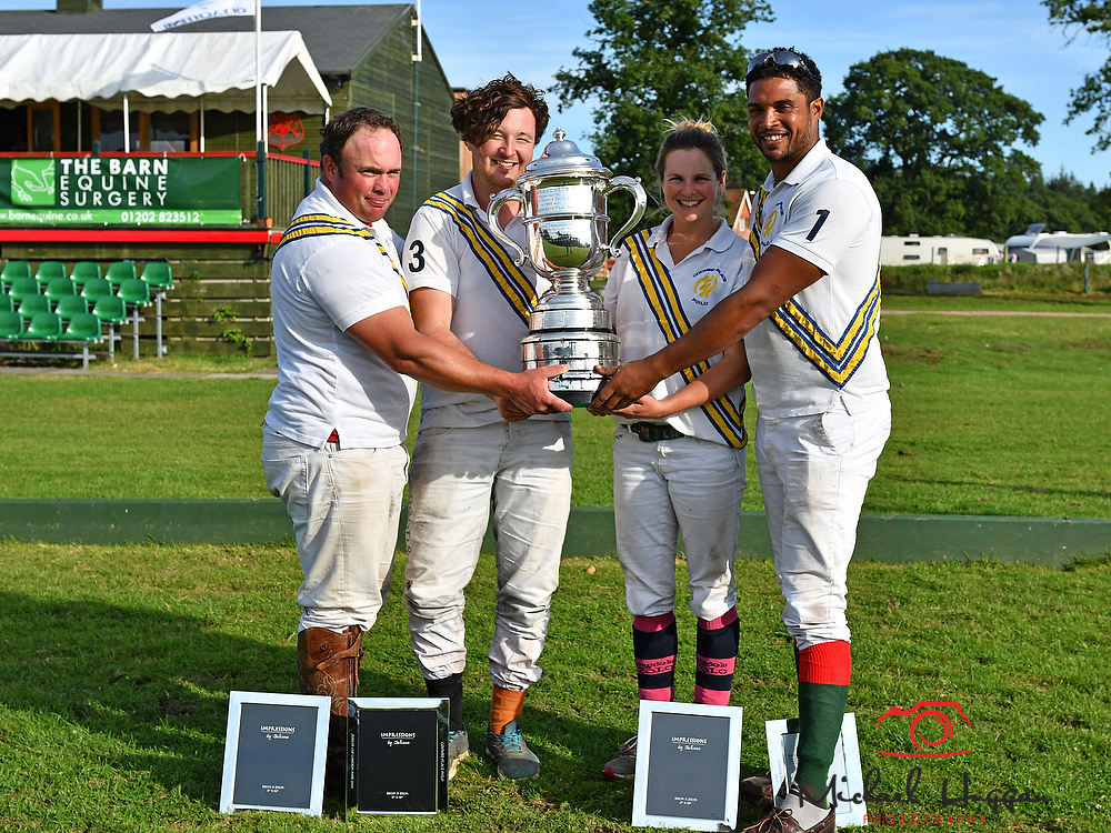 Presentation of Trophys at the Blue Jackets Tournament 2017 at the New Forest Polo Club 13th August 2017. Photo: Michael Huggan