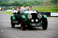Nigel Batchelor drives the 1928 Bentley 4 1/2L with guests at Benjafield's Sprint